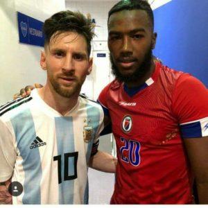 Vestiaire Lionel Messi et Duckens Nazon