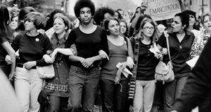 Féminisme et ses revers